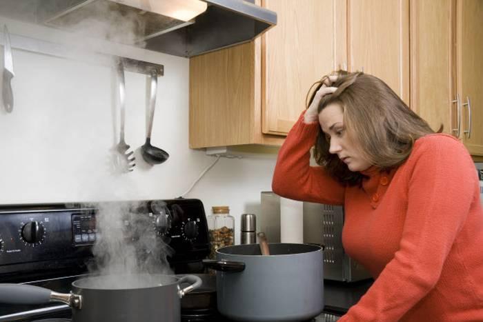 VRHUNSKI KUHARI SAVJETUJU: Kako ukloniti posljedice nezgoda i pogrešaka u kuhinji