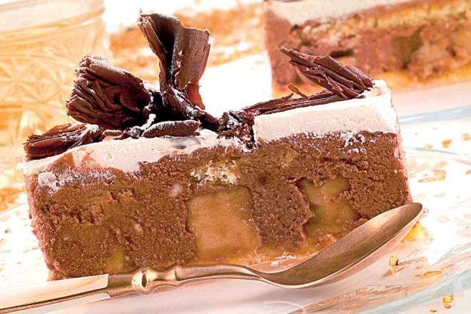 BANANA SPLIT TORTA: Uzmite gotove kore i pripremite fini desert bez pečenja