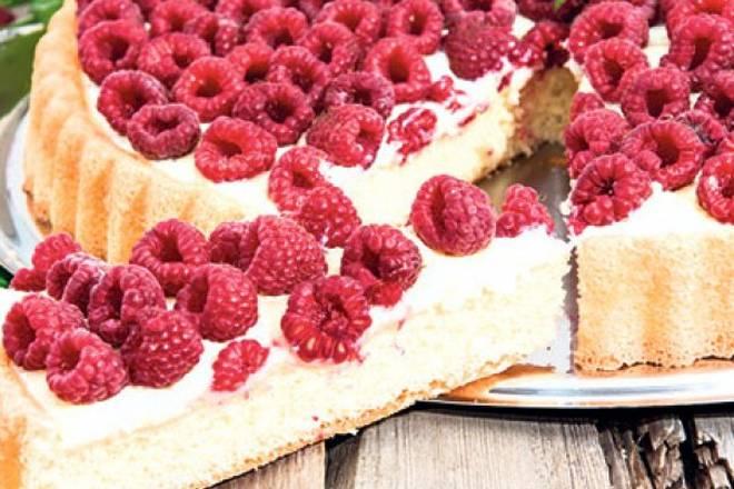 TORTA OD MALINA: Izrada nije prezahtjevna, a rezultat je fini osvježavajući kolač