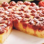 TORTA S MALINAMA I KREMOM OD VANILIJE: Fini, osvježavajući desert bez puno muke