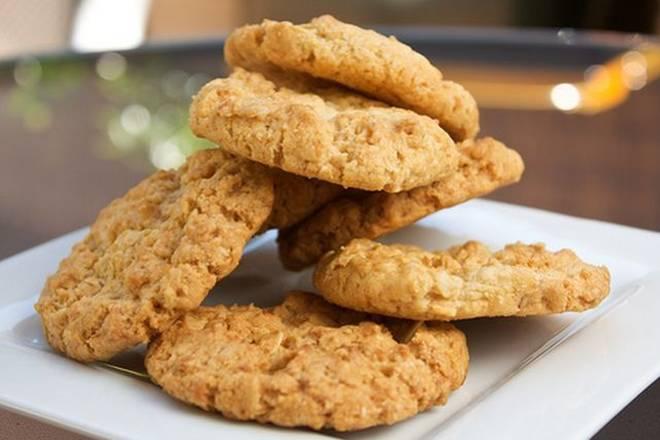 IMPRESIONIRAJTE GOSTE: Zdravi keksi od samo dva sastojka, gotovi za 15 minuta
