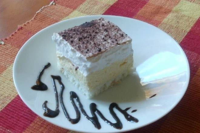 Jednostavan, fin i jeftin kolač: LEDENO NEBO