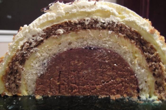 tunel-torta-s-pecenim-korama