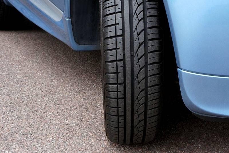 AKO MORATE BIRATI: Treba li bolje gume staviti na prednje ili na stražnje kotače?