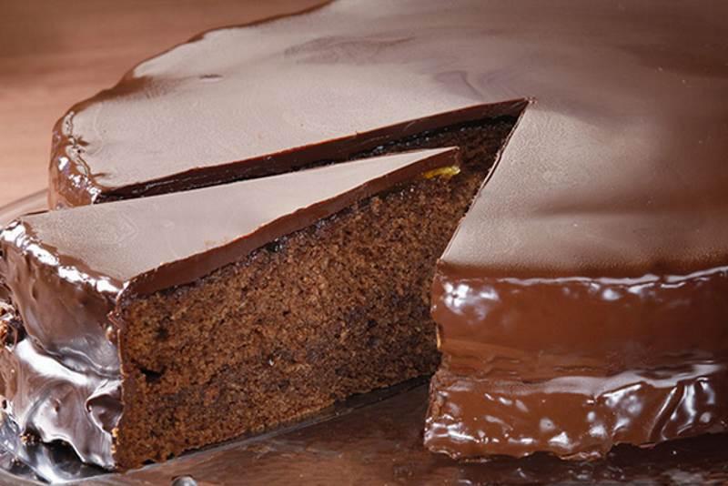 SACHER TORTA: Pouzdan i jednostavan recept za najpoznatiju tortu na svijetu